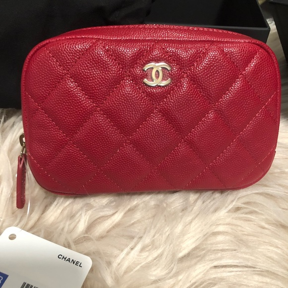 9790c7429074 New Chanel 18B small cosmetic case